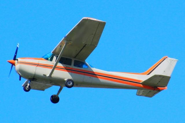 飛行機の例(プロペラ機)