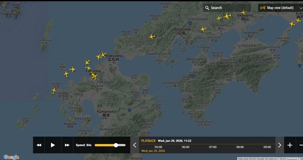 福岡空港への到着機の様子